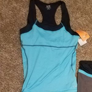 New with tags women's Champion workout top size m